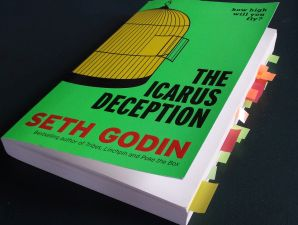 The Icarus Deception by Seth Godin book review by Marcel Haan of CarArtSpot